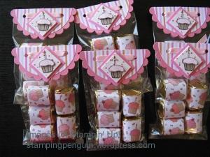 Cupcake bag topper